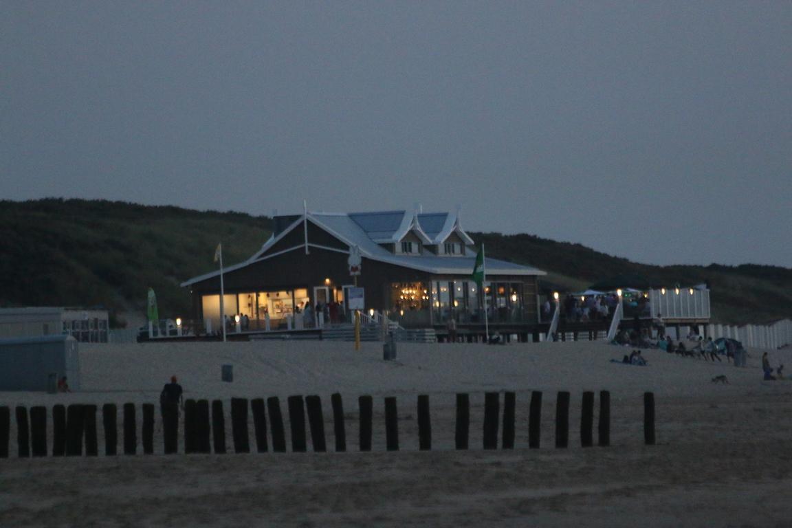 "Strandpavillon ""De Boekanier"" in Nieuwvliet-Bad"