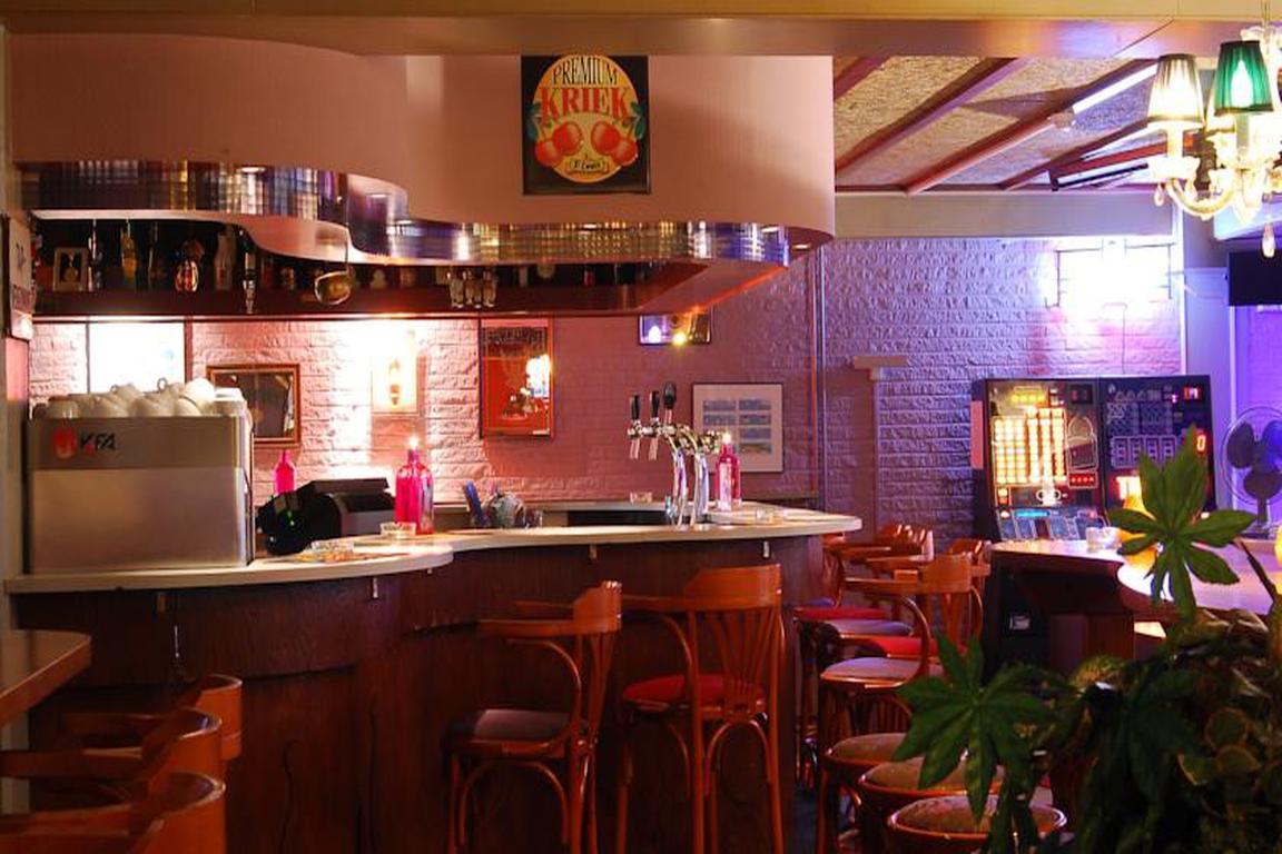 """Bowling-Bar im Hotel """"de Schelde"""" in Cadzand-Bad"""