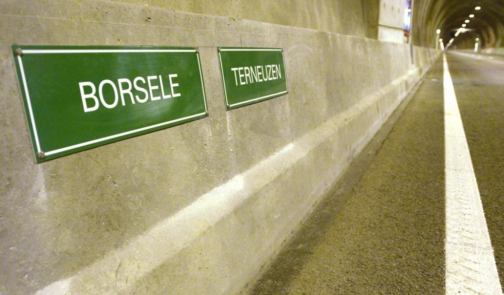 Westerschelde-Tunnel zwischen Borsele und Terneuzen