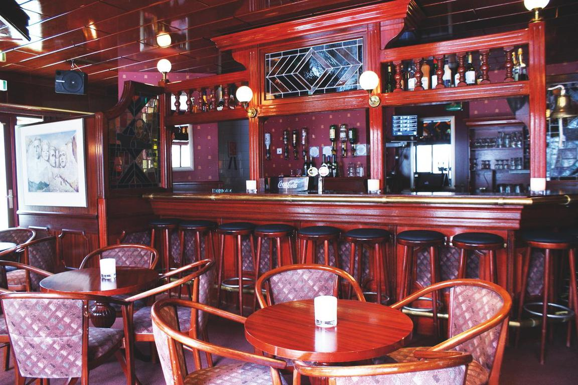 """Fletcher Hotel & Restaurant """"Nieuwvliet-Bad"""":"""