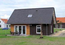 """6-Personen Obstgarten-Ferienhaus 6L """"Dijk"""" - """"Strand-Resort Nieuwvliet-Bad"""""""